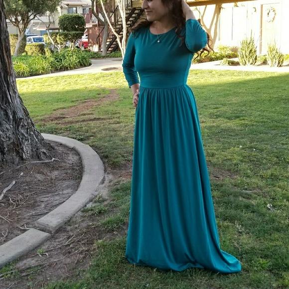 6efd82900853 Teel maxi dress. Boutique. Ashley lemieux. M_5b257ab5f63eea6c1c8f842d.  M_5b257ad3534ef90b278317c5. M_5b257af10cb5aa49094b2275
